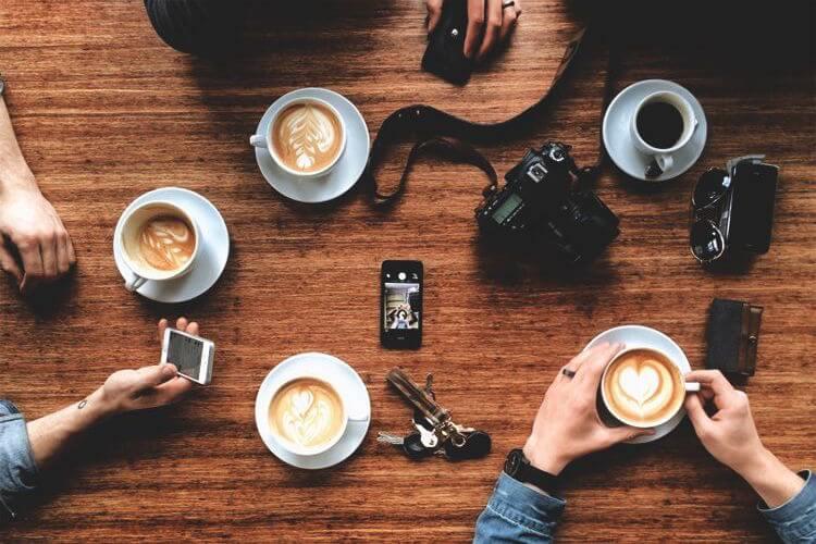 Nadie conoce tantas anécdotas como una taza de café.